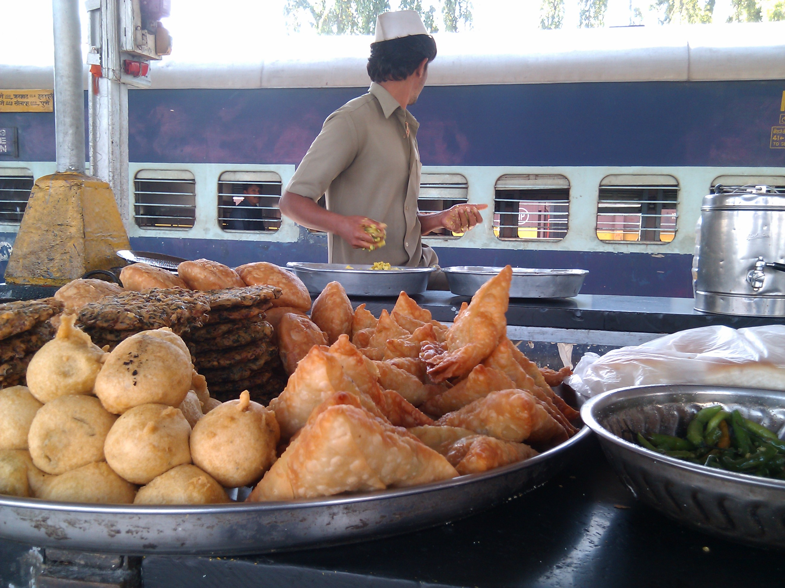 Enjoy hot food at your train berth. Just order before you reach Bhopal Station.