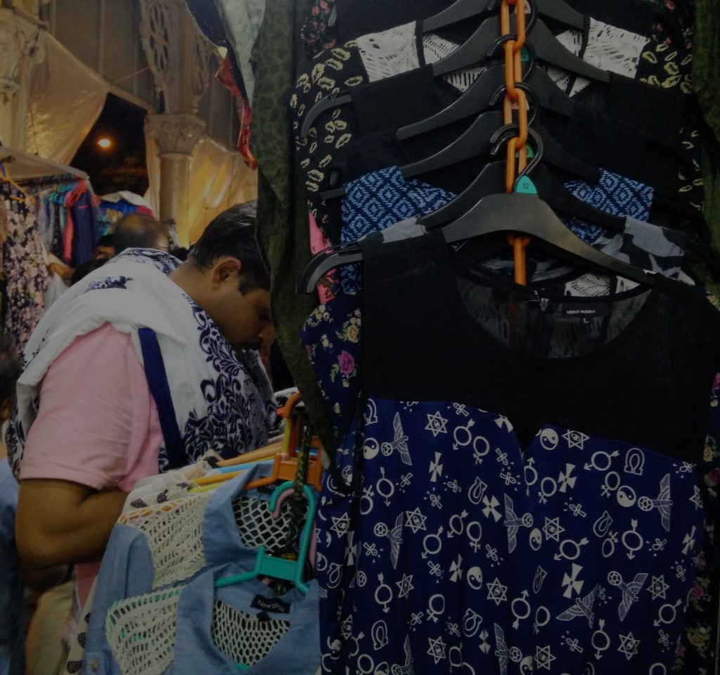A typical street shop at Colaba Causeway. These dresses cost Rs.300 each (rate we got after bargaining :D )